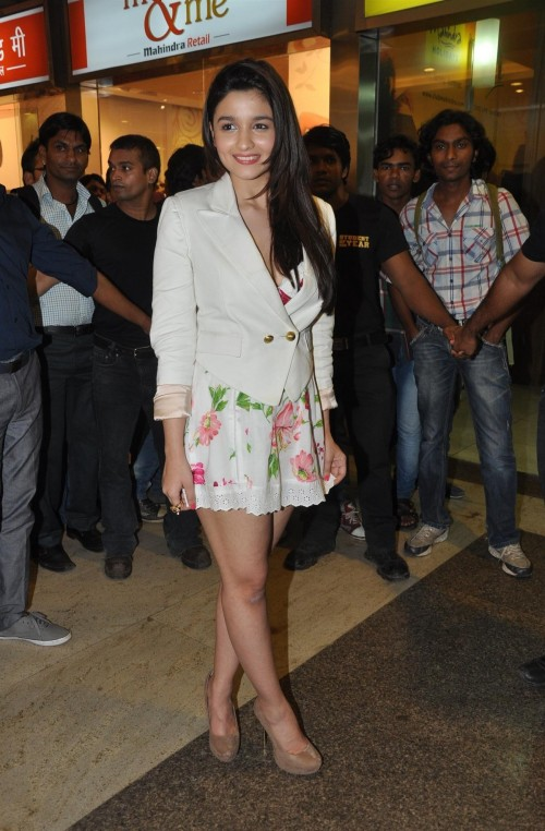 419b63c279174 Want the white blazer, floral dress and brown shoes which Alia Bhatt is  wearing for