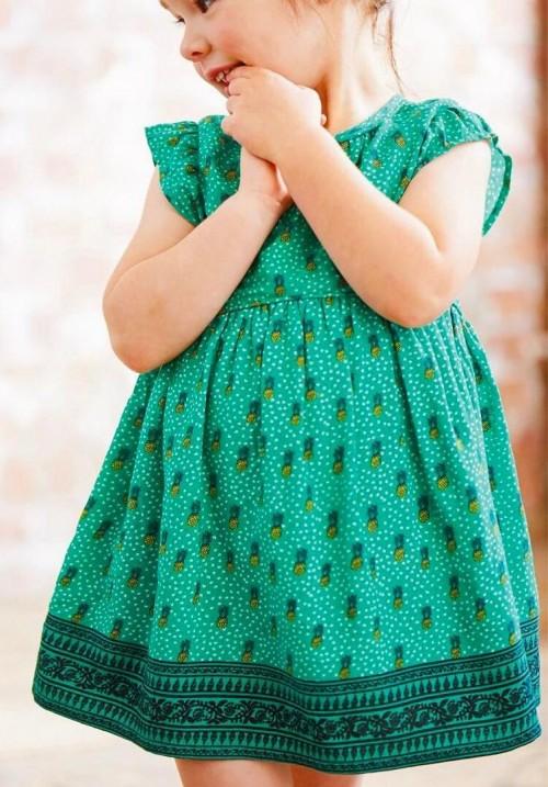 This green pineapple printed summer dress please!! - SeenIt