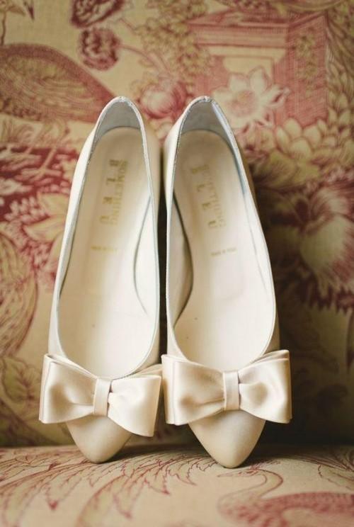 Want similar bow ballerinas - SeenIt