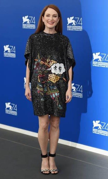 Yay or Nay? Julianne Moore attends the 'Suburbicon' photocall during the 74th Venice Film Festival on September 2, 2017 in Venice, Italy - SeenIt