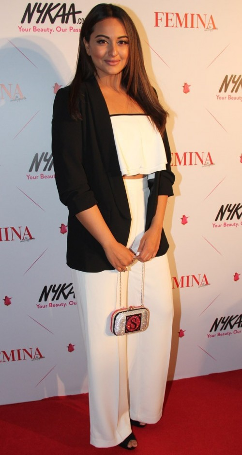 Sonakshi, the 'Young & Beautiful' award winner of the evening, in her Zara separates! Yay/Nay? - SeenIt