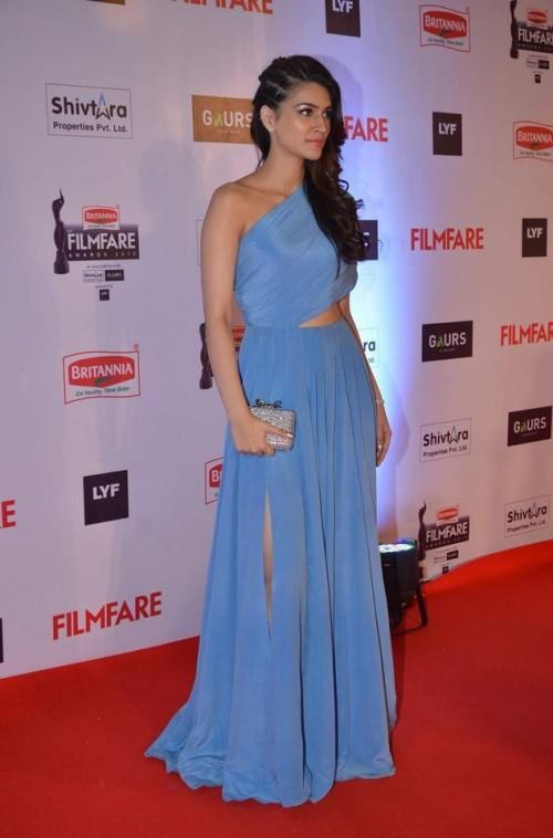 This gorgeous diva got a lot of heads to turn in her ice blueNikhil Thampigown - SeenIt