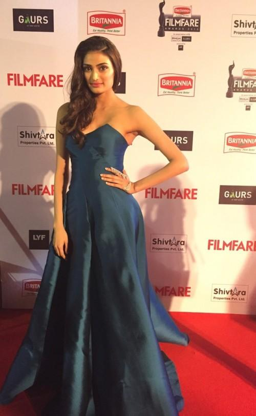 Athiya looking incredible in this Monisha Jaising strapless gown. Is she the new fashion icon? - SeenIt