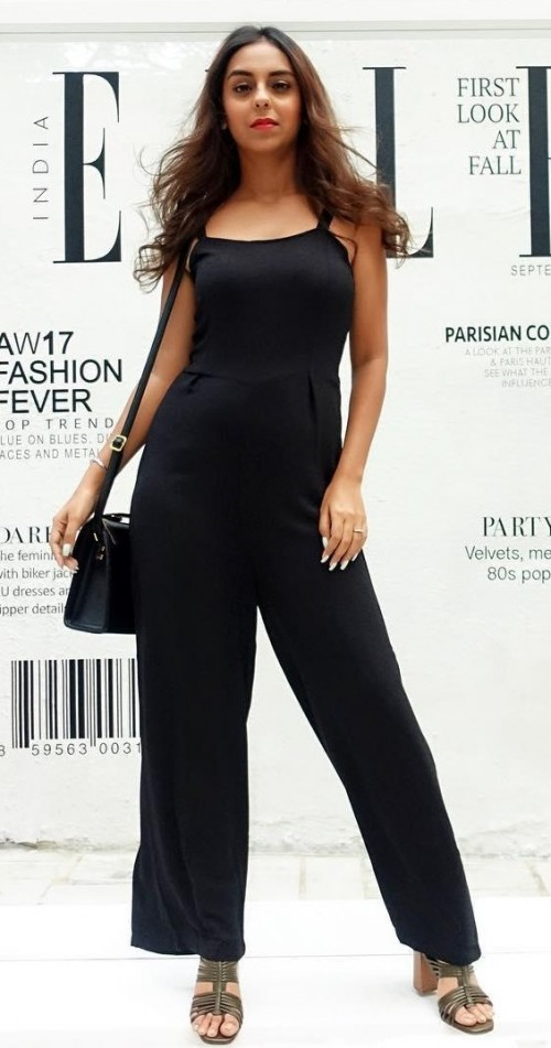 7b77b2b462 Looking for this black jumpsuit that Aanamc is wearing - SeenIt
