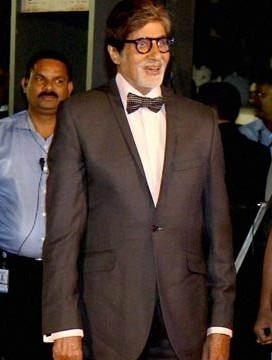 Mr. Bacchan looked like every woman's dream in his black tux. Age can never counter his charm! - SeenIt