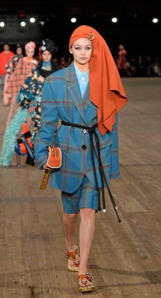 Yay or Nay?  Gigi Hadid wearing a plaid attire by Marc Jacobs walks the runway for Marc Jacobs SS18 fashion show during New York Fashion Week - SeenIt