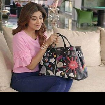 looking for shilpa shetty's black designer tote bag from this pinkvilla interview - SeenIt