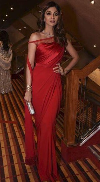 I'm looking for a similar red lace saree that shilpa shetty is wearing - SeenIt