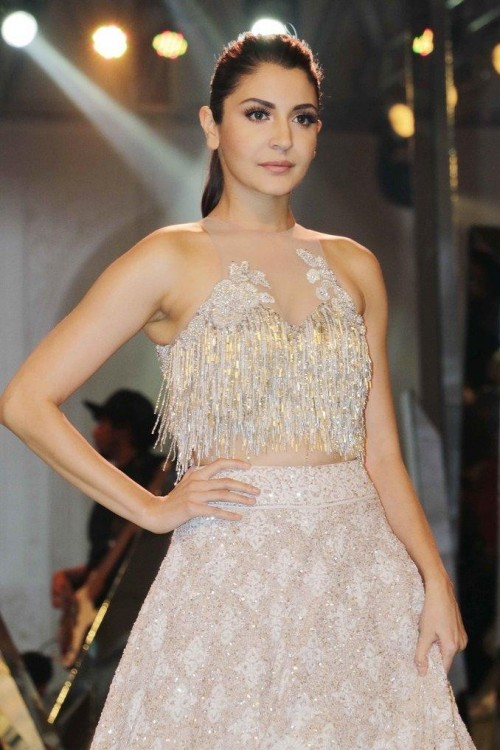 Want a similar gold fringe croptop and skirt like the one which Anushka Sharma is wearing - SeenIt