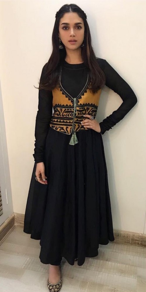 Find me a similar plain black anarkali suit like Aditi Rao Hydari is wearing for the promotions of Bhoomi - SeenIt