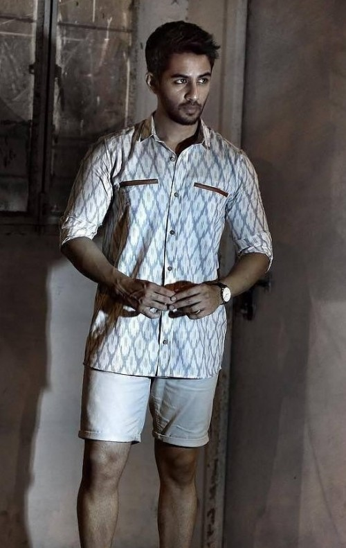 I want this white and grey ikat print shirt and white shorts. - SeenIt
