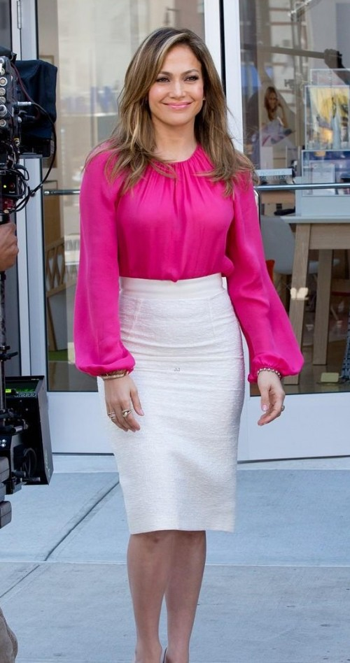 Help me find this fuchsia top and white pencil skirt to recreate this look of Jennifer Lopez - SeenIt