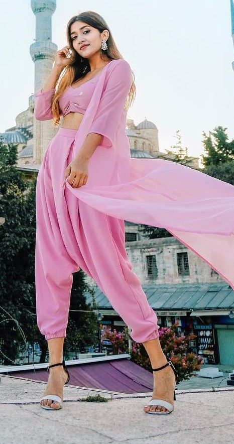 Looking for this pink crop top, dhoti and long shrug that larissadsa is wearing. - SeenIt