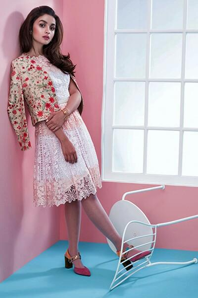 I am looking for same white dress outfits alia bhatt is wearing - SeenIt