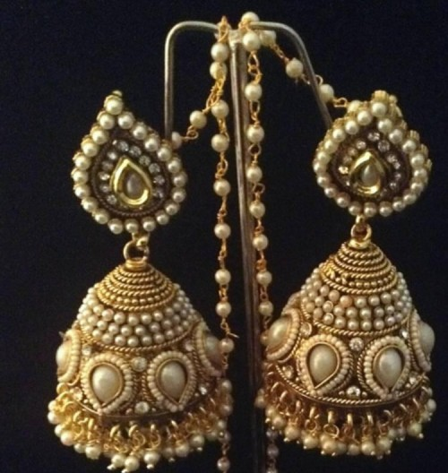 where i can buy these gold earring - SeenIt