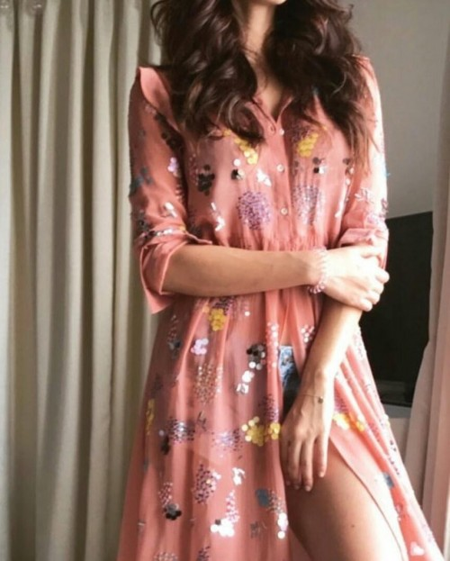 I'm looking for this dress. Can anyone help me with the name of the brand? - SeenIt