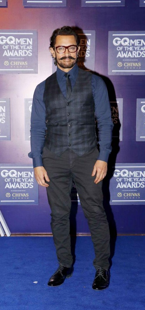 Yay or Nay? Aamir Khan attends the GQ Men of the year awards 2017 - SeenIt