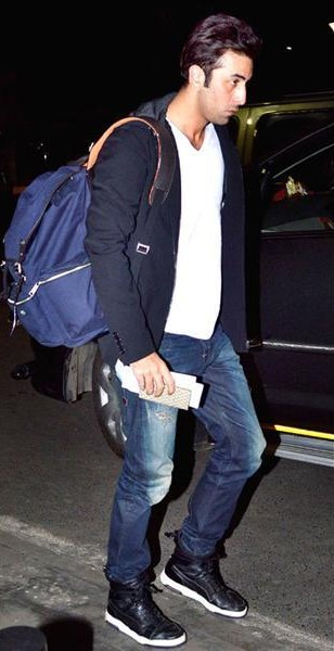 Looking for the white tee with navy blue blazer and jeans like Ranbir Kapoor is wearing - SeenIt