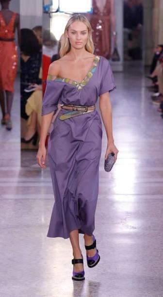 Yay or Nay? Candice Swanepoel wearing a lilac drop shoulder dress walks the runway at Bottega Veneta show during the Milan fashion week - SeenIt