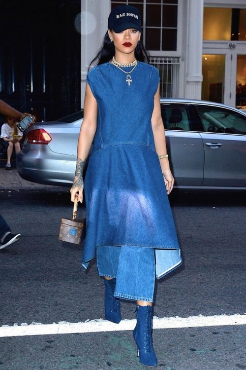 Want the blue dress and the blue flared jeans which Rihanna is wearing - SeenIt