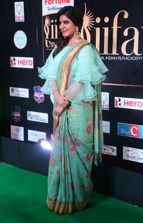 b1bd714e098 Looking for a similar green floral saree like the one which Samantha Ruth  Prabhu is wearing