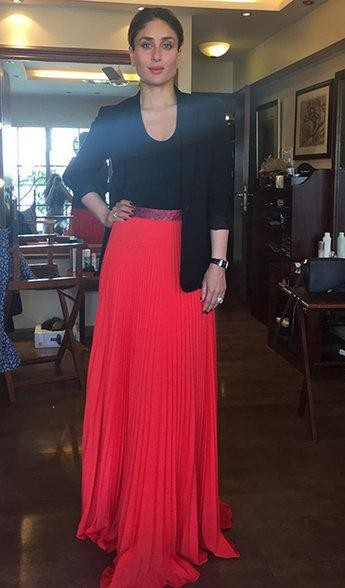 Looking for this red pleated maxiskirt with black blazer that Kareena Kapoor is wearing - SeenIt