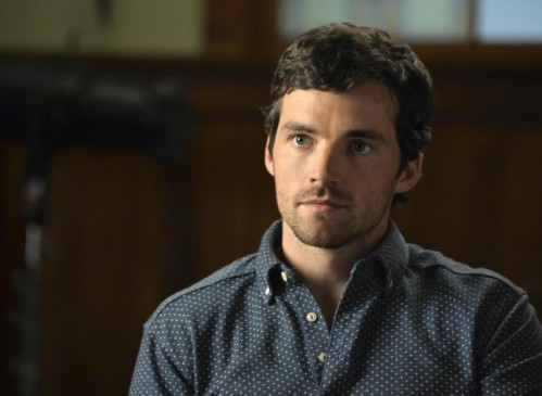 help me find out a similar blue polka dot shirt which ian harding is wearing - SeenIt