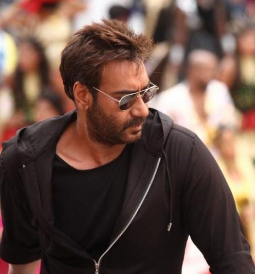 looking for a similar black zipper hoodie jacket and black avaiators like ajay devgn is wearing in the movie golmaal again - SeenIt