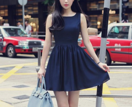 Want a similar blue sleeveless dress with  a cutout at the back - SeenIt