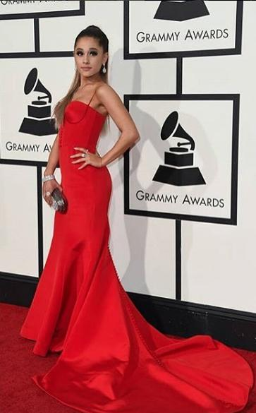Ariana Grande can definitely flaunt that  oh-so perfect red dress. - SeenIt