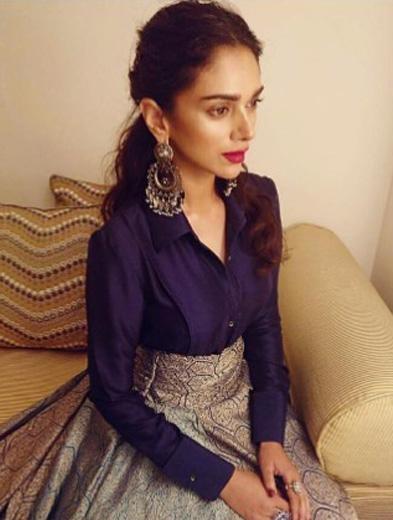 Help me find similar chandbali that Aditi Rao Hydari is wearing - SeenIt