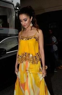 help me find a similar yellow top which shraddha kapoor is wearing! - SeenIt