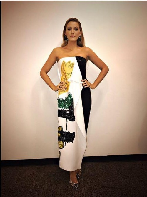 Yay or Nay? Blake Lively wearing a strapless printed midi dress and snakeskin shoes at the promotions of her upcoming movie All i see is you - SeenIt