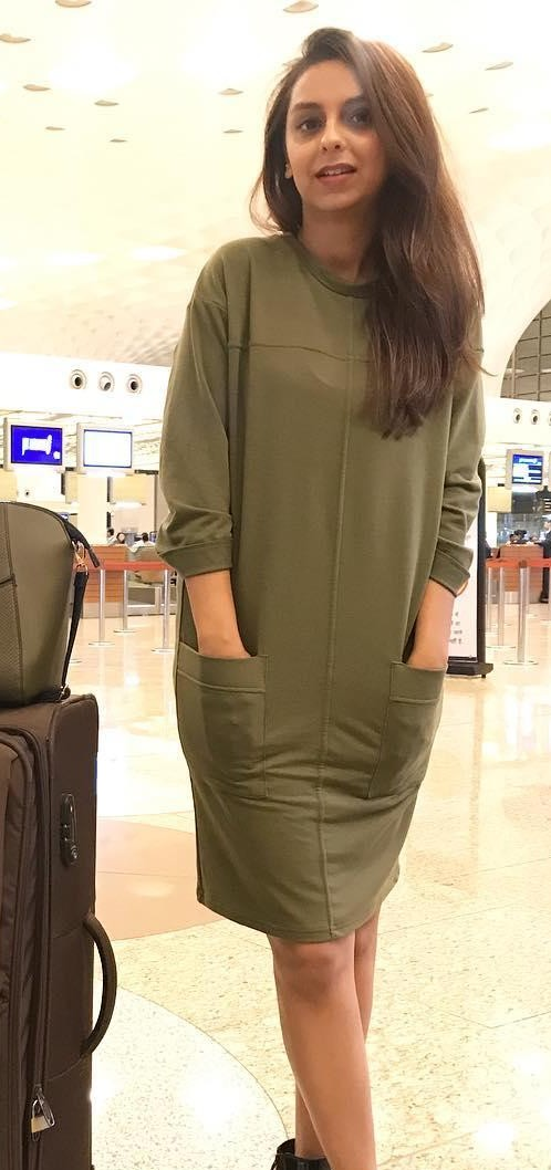 Help me find similar olive green dress that is seen in Aanamc - SeenIt