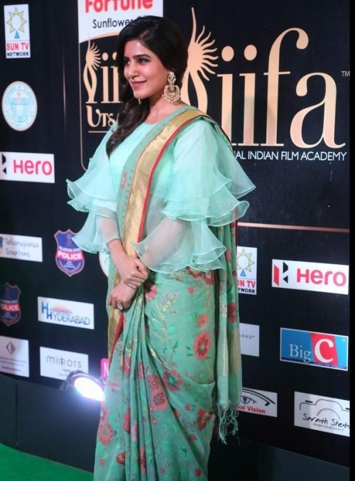 Want this mint green floral saree which Samantha Ruth Prabhu is wearing - SeenIt