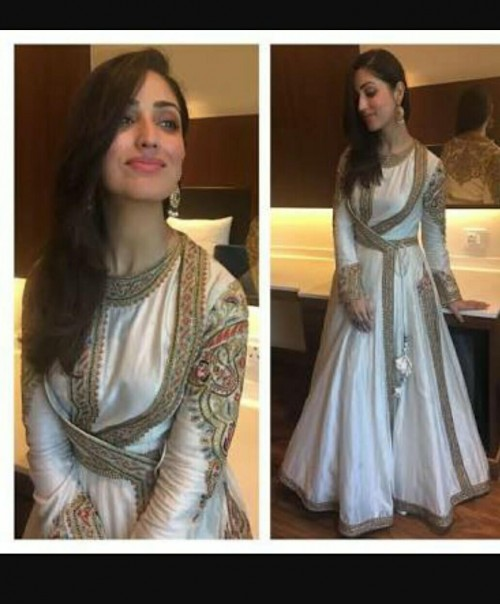 i m looking for this gown for me - SeenIt