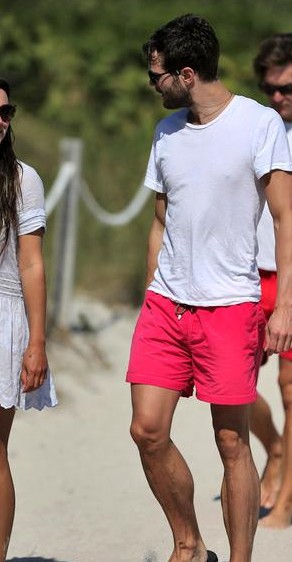 help me find a similar pink shorts which jamie dornan is wearing! - SeenIt