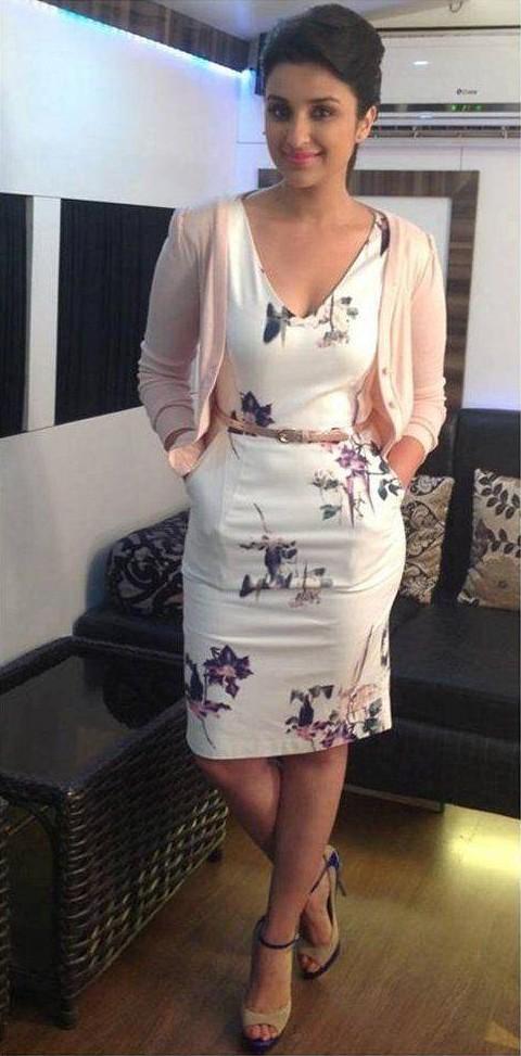Parineeti Chopra fcuk floral bodycon v neck dress with pink shrug - SeenIt