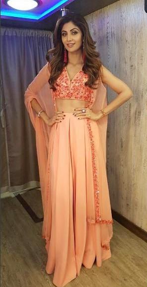 shilpa shetty ridhi mehra pink floral embroidered cape lehenga - SeenIt
