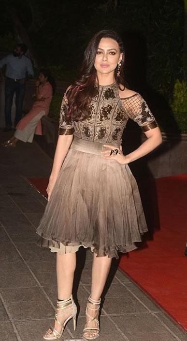 Yay or Nay? Sana Khan wearing cold shouldr skater dress at Gauri Khan's Halloween party - SeenIt