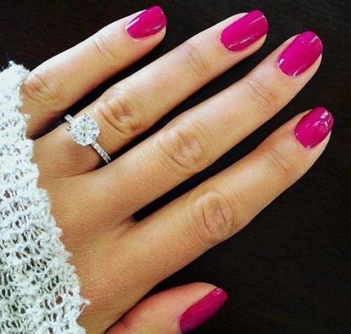 want the same shade of fuchsia nai paint - SeenIt