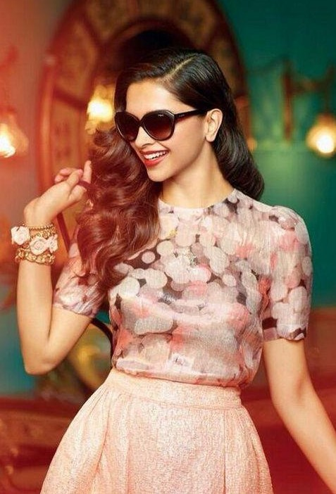 Yay or Nay? This peach printed top with skirt that Deepika Padukone is wearing - SeenIt