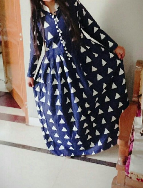 👈i'm looking for a dress in same ikat pattern - SeenIt