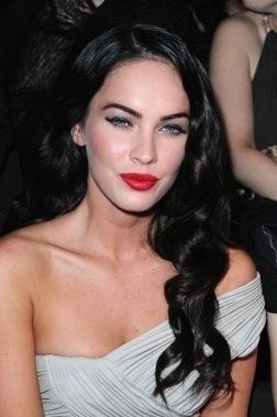 Megan Fox Red Lipstick - SeenIt
