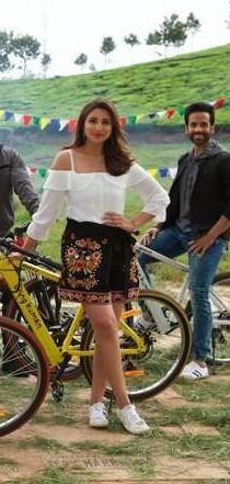 Parineeti Chopra black embroidered skirt from golmaal again - SeenIt