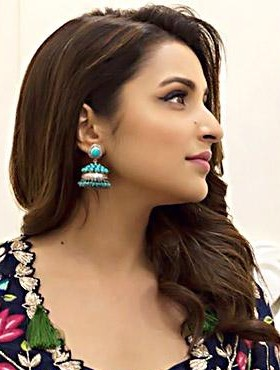 Parineeti Chopra turquoise blue and silver jhumka from golmaal again promotions - SeenIt