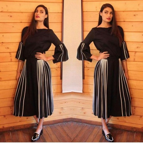 Athiya Shetty black bellsleeves top and black skirt outfit for Mubarak promotions - SeenIt