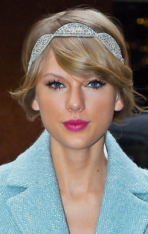 taylor gloss lipgloss makeup from look what you made me do song - SeenIt