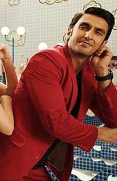 Would love to buy a red blazer like Ranveer ! - SeenIt