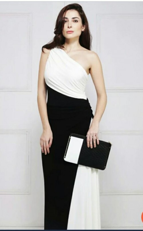 I need this white and black dress.... - SeenIt